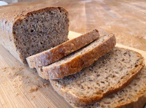 לחם מחמצת שיפון גס